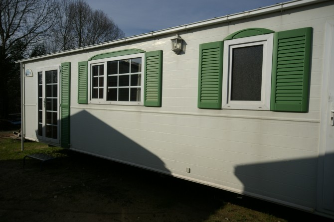BURSTNER VILLA MOBILE HOME 10,00x4,00 MQ