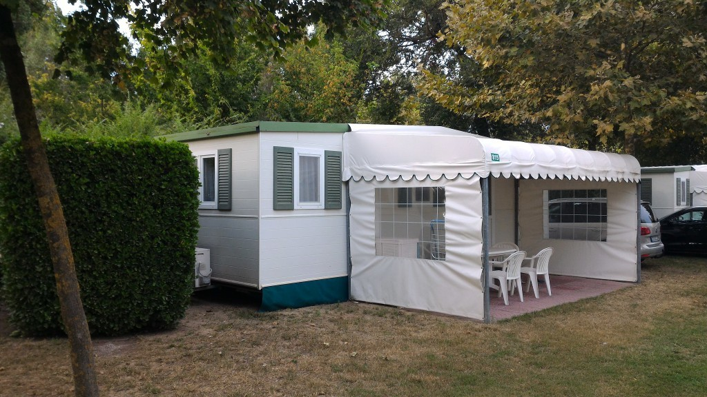 Casa mobile burstner 8 00x3 00 con veranda 4springs case for Casa mobile